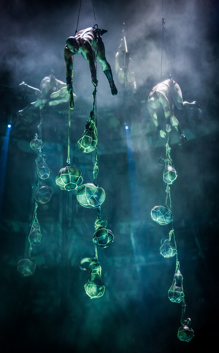 Water thieves Le RÊVE the Dream show At the Wynn Las Vegas Advertising