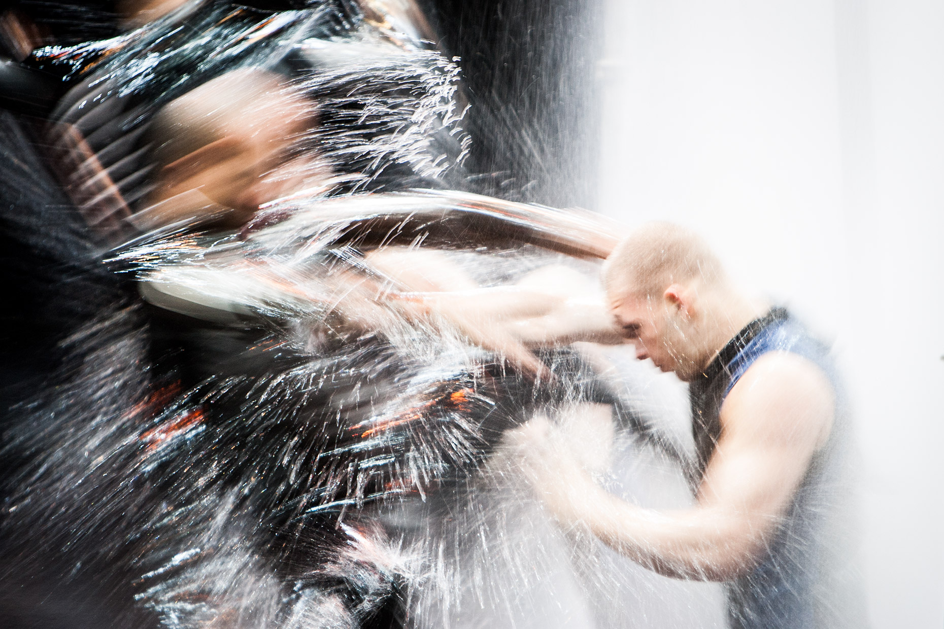 punching water in a high speed. Le RÊVE creation shot